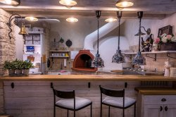 Restaurace Na palubě - pizza pec
